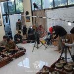 Behind the scenes. UMM Malang, Indonesia. Globe in the Hat. Ania Tomczak